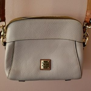 Dooney and bourke satchel in perfect condition.